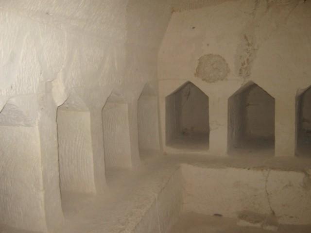 Schiebegräber (in einer Höhle bei Bet Guvrin)